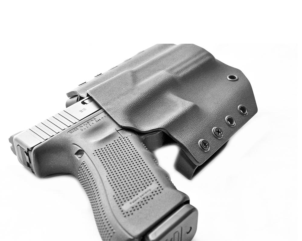 Premium Kydex Holster Schweiz - Ihr Schweizer Waffenpflege-Shop
